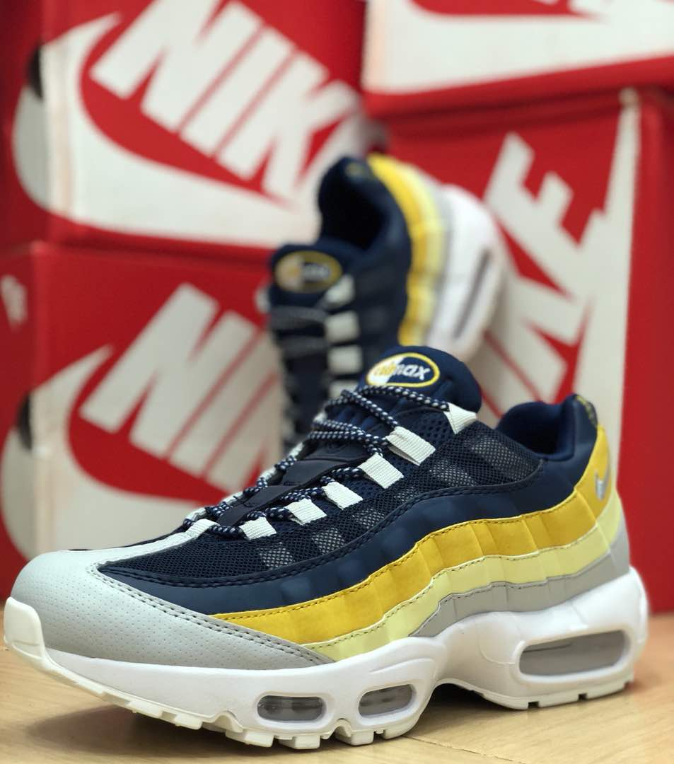 Nike Air Max 95 Essential Lifestyle shoes